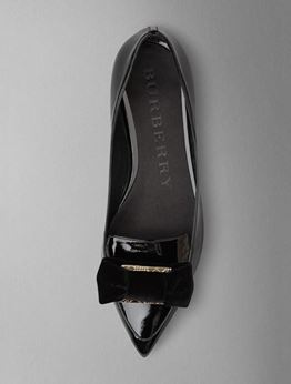 Picture of Glamour Laced Shoes